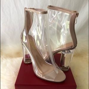 NWOT Clear X2B Tan Bootie (6)